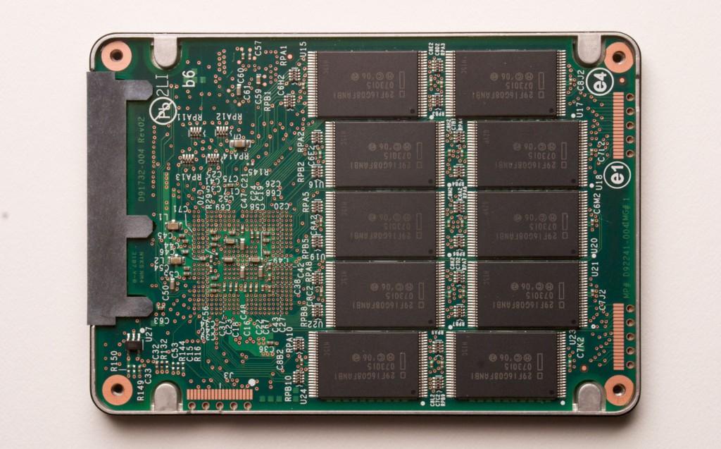 SSD nudo