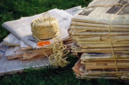 Idee per riutilizzare la carta di giornali e riviste scegliere il ricambio - Giornali di cucina ...